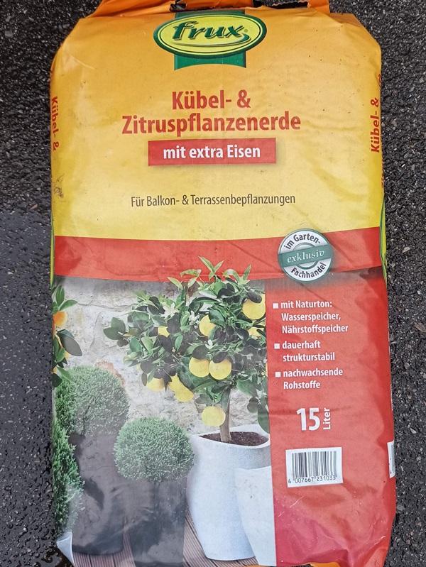 Zitruspflanzerde 15l - € 8,90
