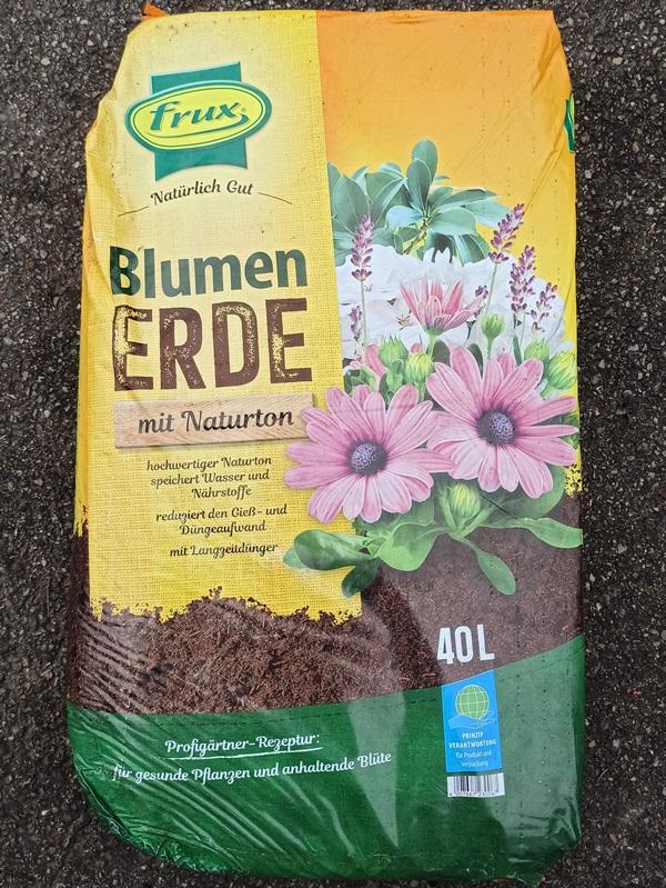 Blumenerde 40l - € 10,80