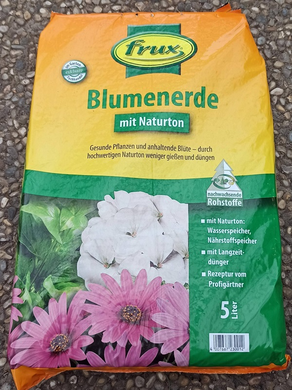 Blumenerde 5l - € 2,90