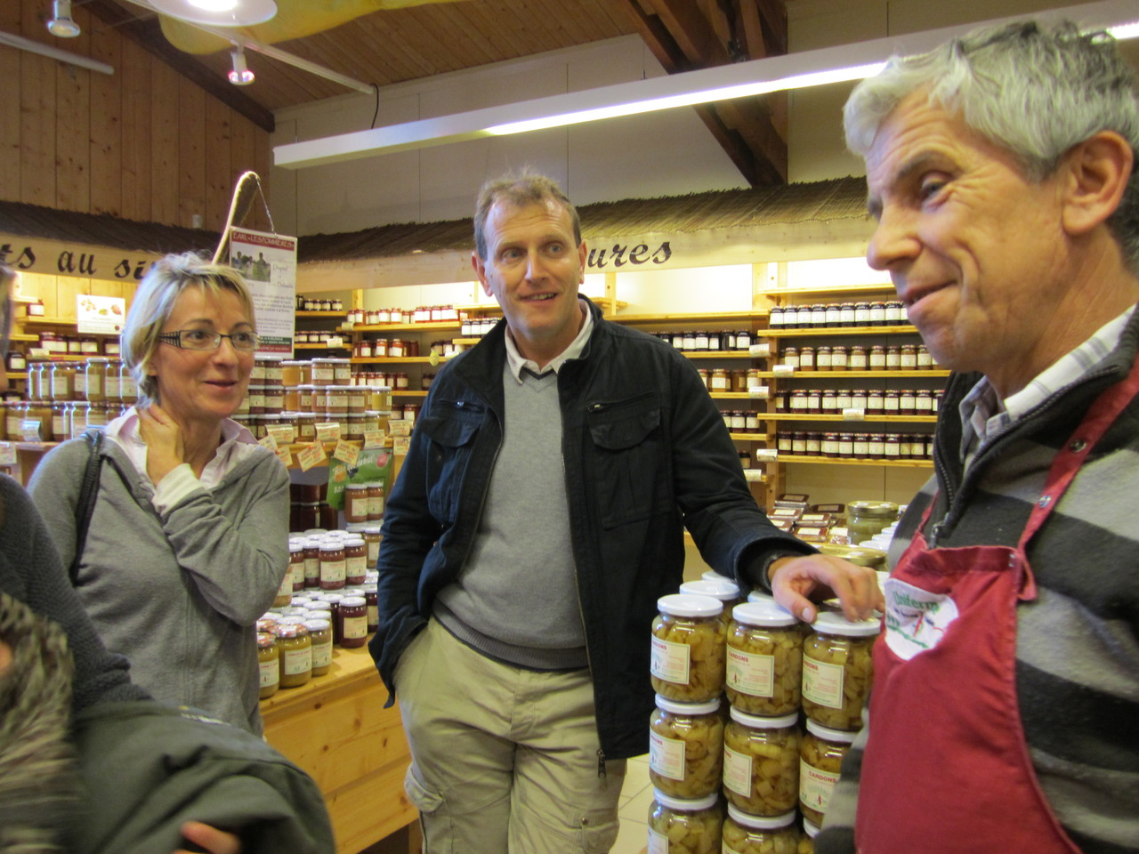 Visite du magasin Uniferme (69), par J.Michel Guyot, producteur associé depuis 1978