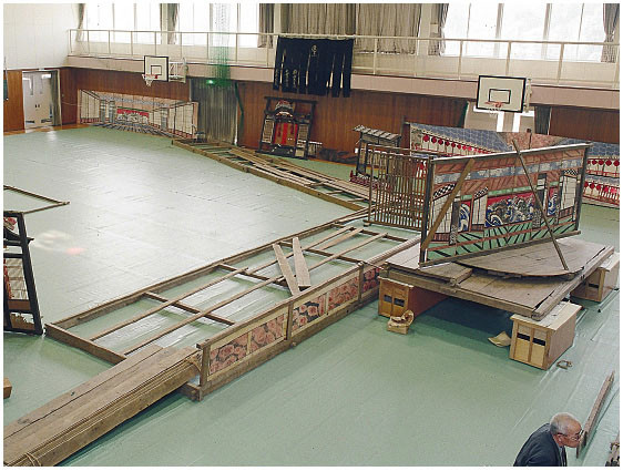 The stage at the time of the study, taken from behind stage left, looking out towards the hanamichi. (January 1992)