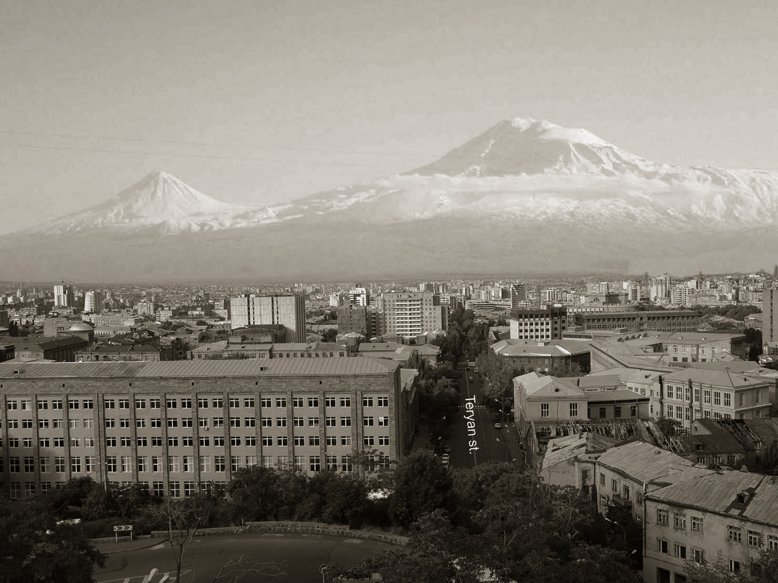 Vue depuis le site vers le Mont Ararat