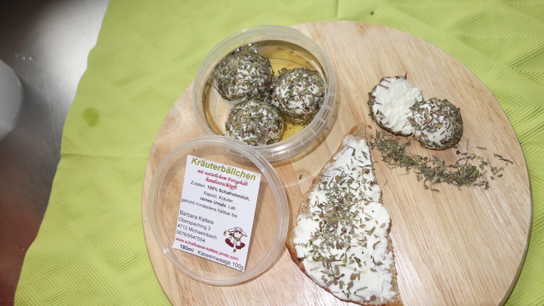 Kräuterbällchen, Frischkäse mit einzigartiger Kräutermischung