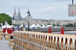 Fête du vin sur les quais de Bordeaux