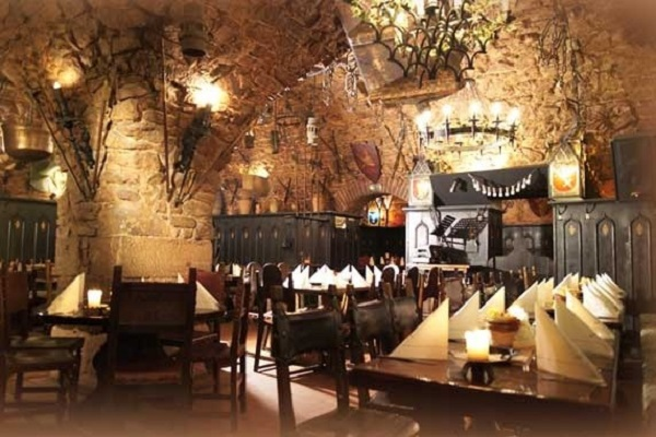 Dinner in der Ritterschenke Nassauer Keller