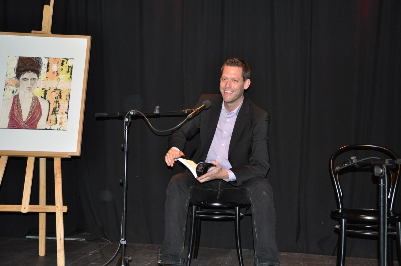 Jan-Eike Hornauer - mit fünf Geschichten im Buch vertreten