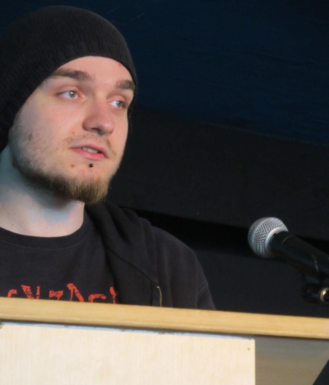"""Maximilian Gerhart liest seinen Text """"Feundschaft?!"""""""
