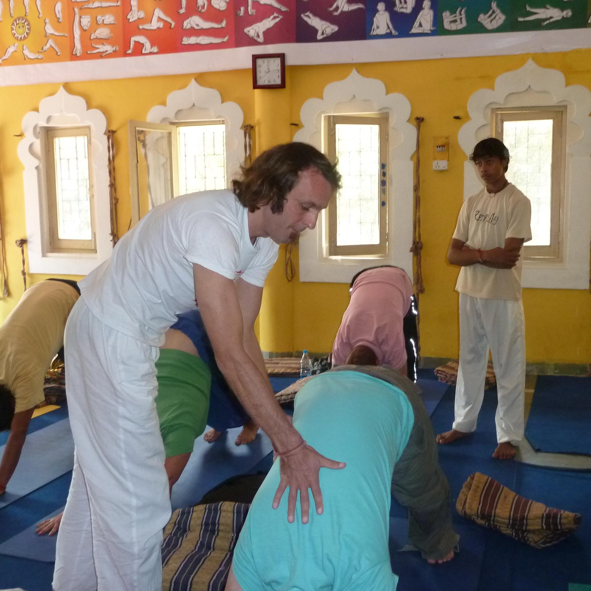 Heiner und Punitha unterrichten beim internationalen Yoga & Indian Music Festival, Indien