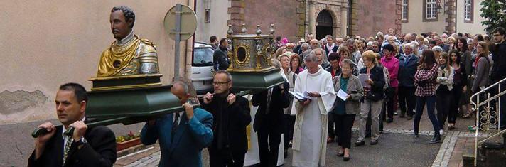 Paroisse & Conseil de Fabrique - Procession des reliques de Saint-Quirin