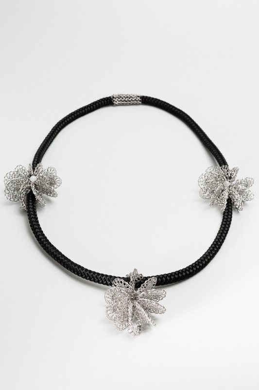 collier design, contemporain