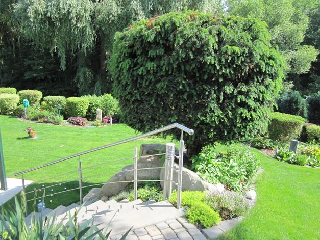 Ferienwohnung Familie Hülse mit Terrasse und Garten südlich von Dresden, Treppe zur Ferienwohnung
