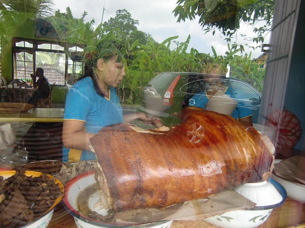 豚の丸焼き『バビグリン』