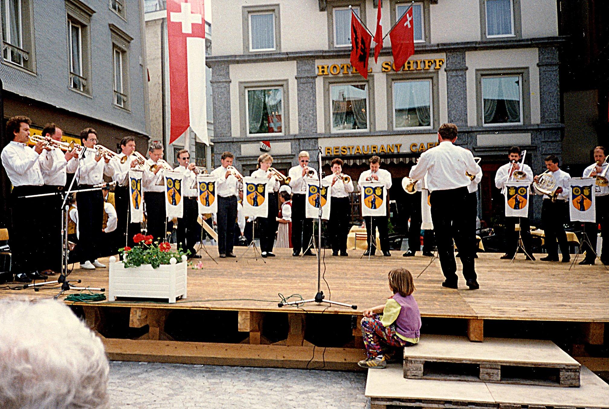 1991: Sechsländertreffen zum 700-jährigen Eidgenossenschaftsjubiläum der Schweiz in EINSIEDELN - mit Unterbringung im Armeespital : 3 Etagen unter der Erde !