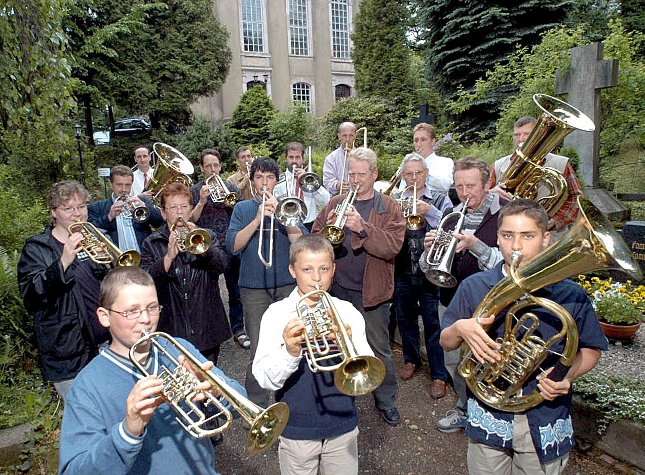 2003: 90-jähriges Chorjubiläum - eine Zerreißprobe für den Posaunenchor, großer Auftritt und Ende der Chorleitungsfunktion von Herfried Werner