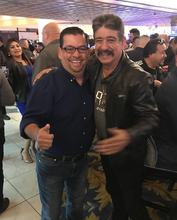 Con Chuy Chavez (Originales de San Juan)