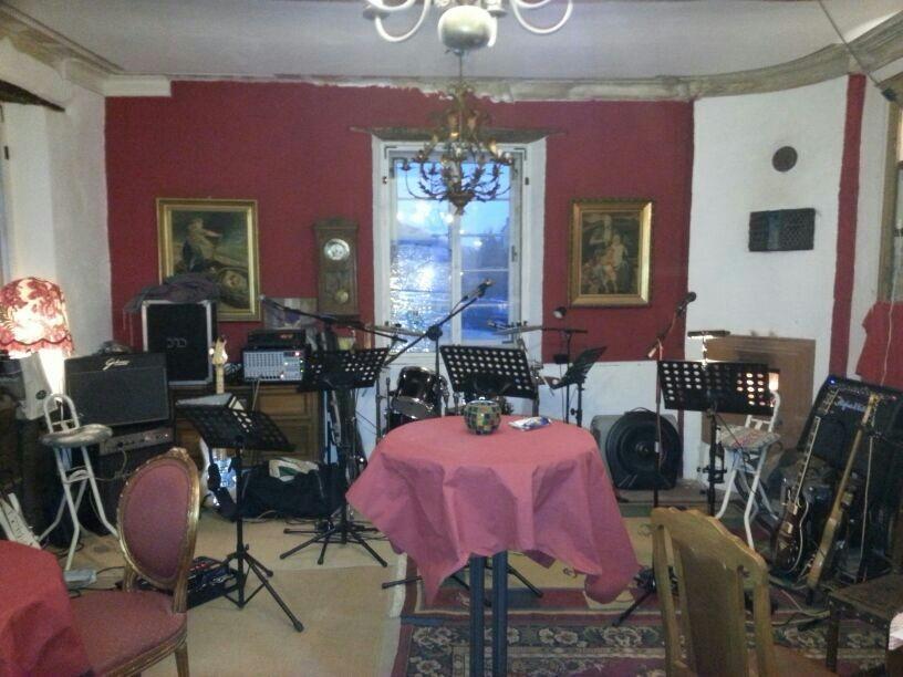 Roter Salon als Musikerraum
