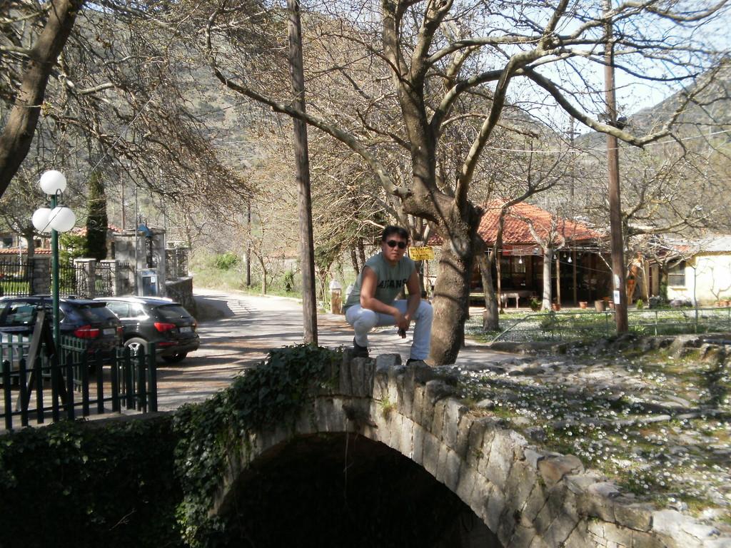 А это мостик в самой деревне