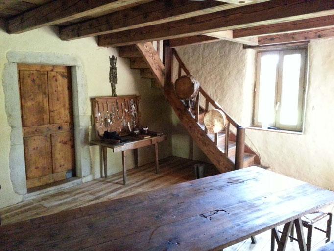 Pièce de vie après rénovation de l'ancienne ferme/école d'alpage / Plateau de Retord / Ain