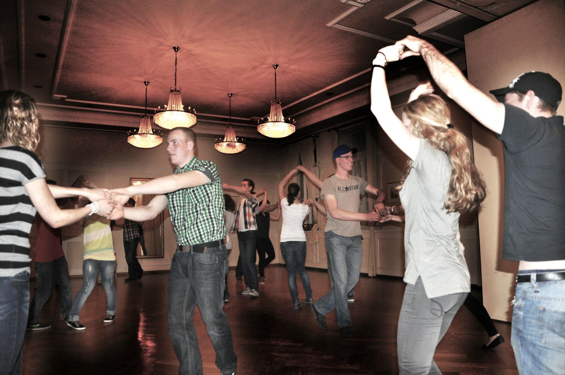 Tanzbild 8