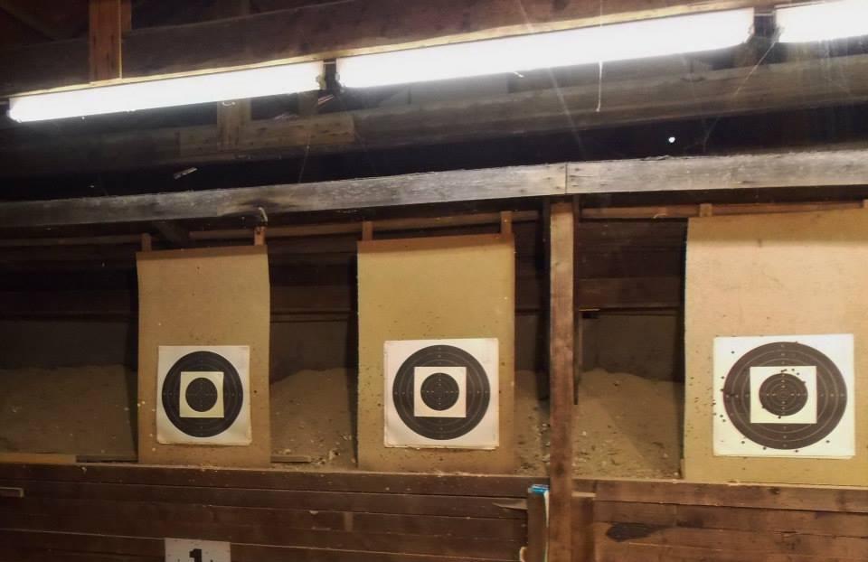 Kugelfang auf dem 25 Meter Kurzwaffenstand