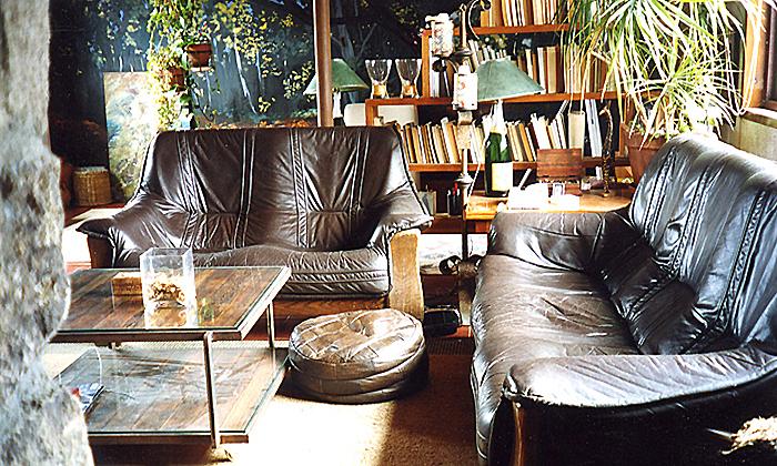 salon rustico y mobiliario