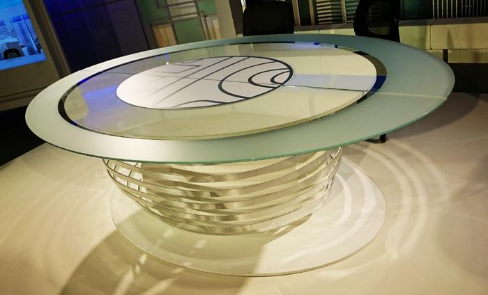 mesa informativos / telecinco live show