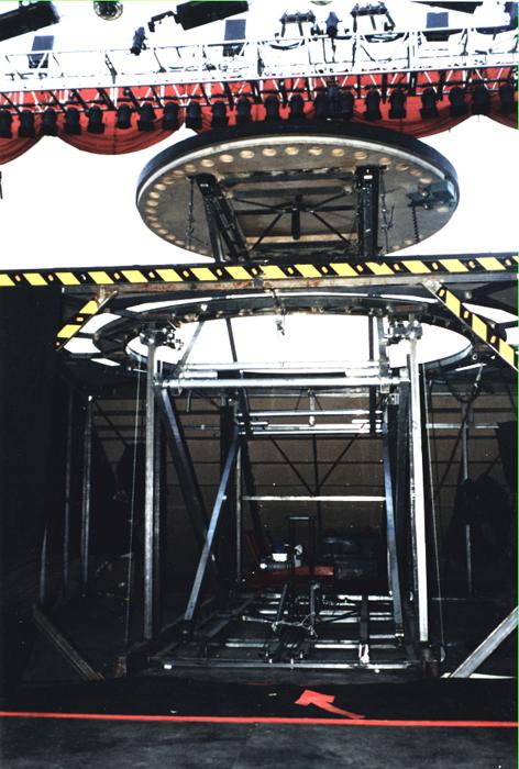 elevador giratorio motorizado / monica naranjo