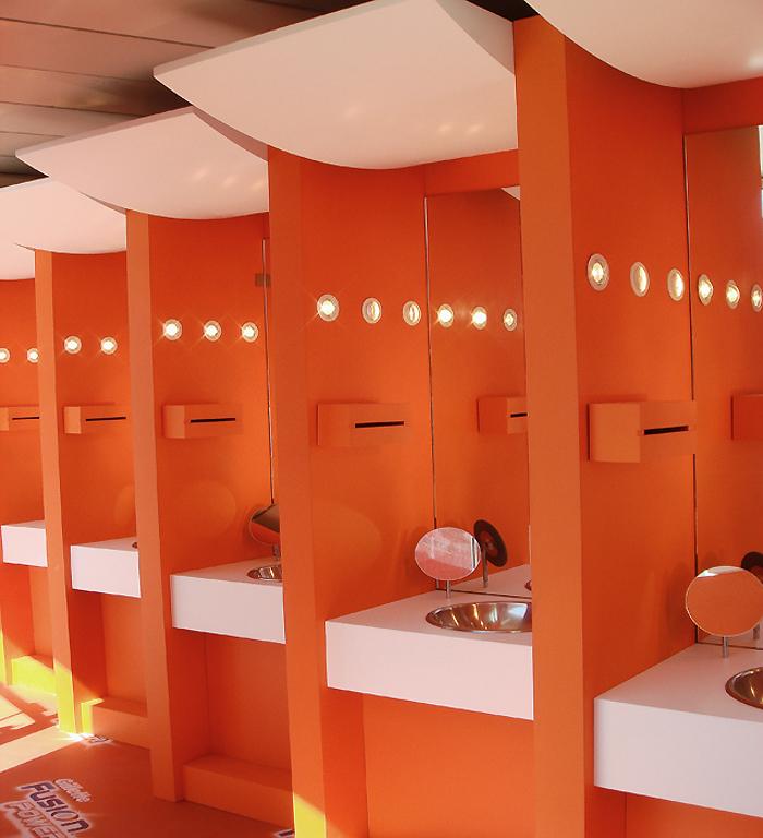 muebles de baño / autobus promocional gillette