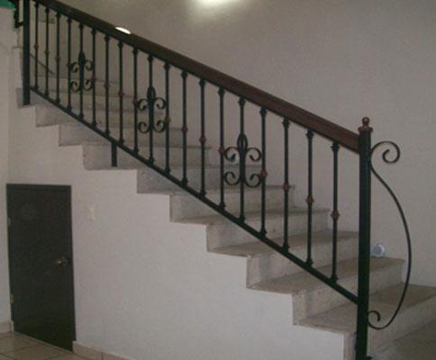 Galer a de barandales estructuras ulloa canc n - Barandales modernos para escaleras ...