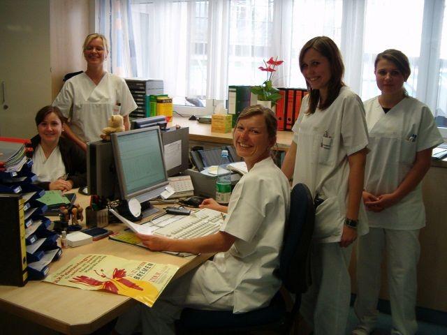 Die freundlichen Mitarbeiterinnen im Sekretariat von Chefarzt PD Dr. T. Südhoff