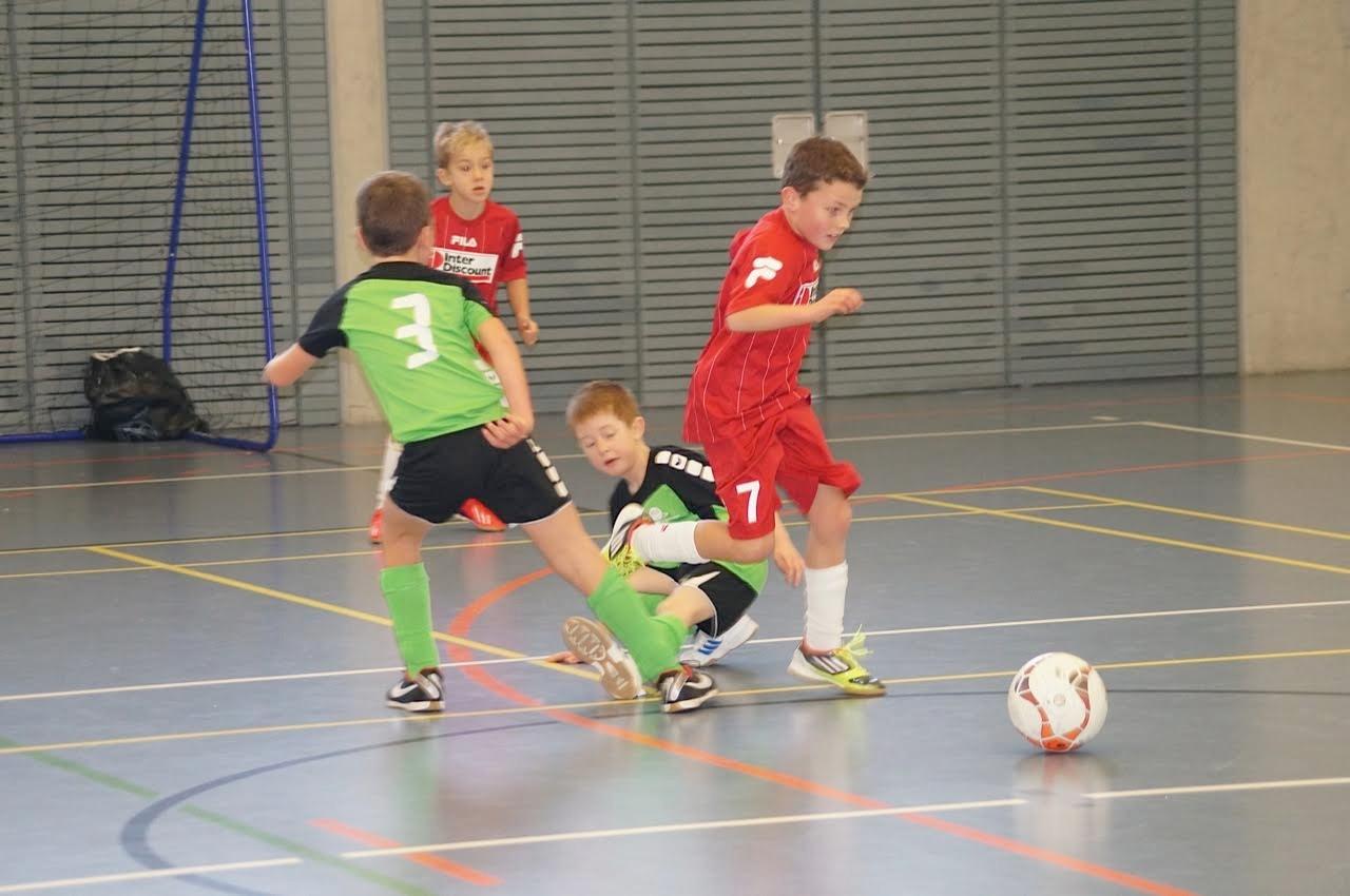 Kinder-Fussball
