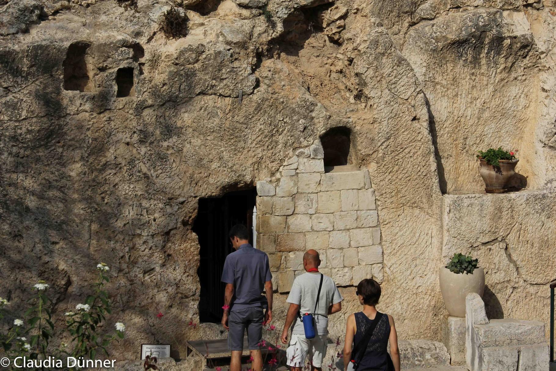 so hätte das Grab Jesu aussehen können (Gartengrab)