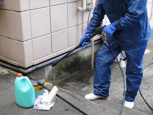 玄関の高圧洗浄