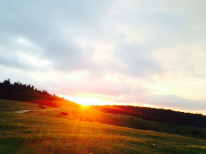 "Sonnenaufgang auf der Rax, dem ""Lebensberg"" von V.E. Frankl"