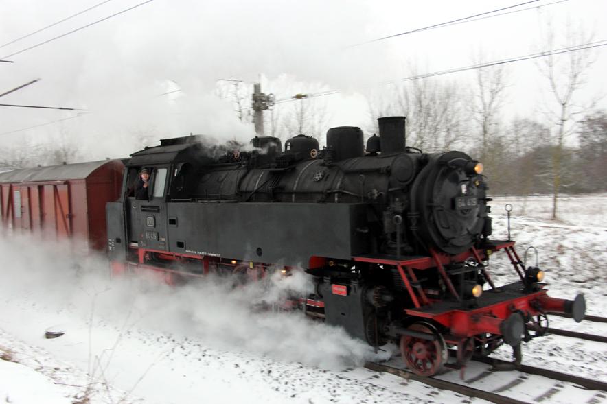 Die 64 419 mit dem neuen Dampflokführer  . . .