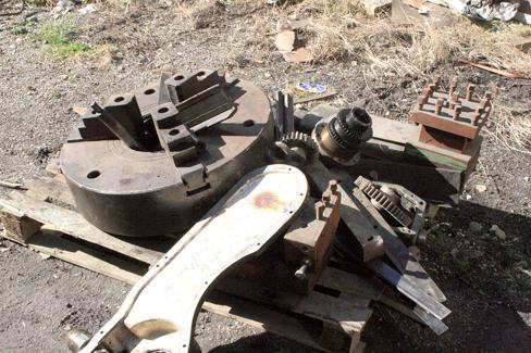 Einige Bauteile der Drehmaschine.