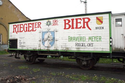 Am Bierwagen vom Kaiserstuhl wurden an der Bremseinrichtung gearbeitet . . .