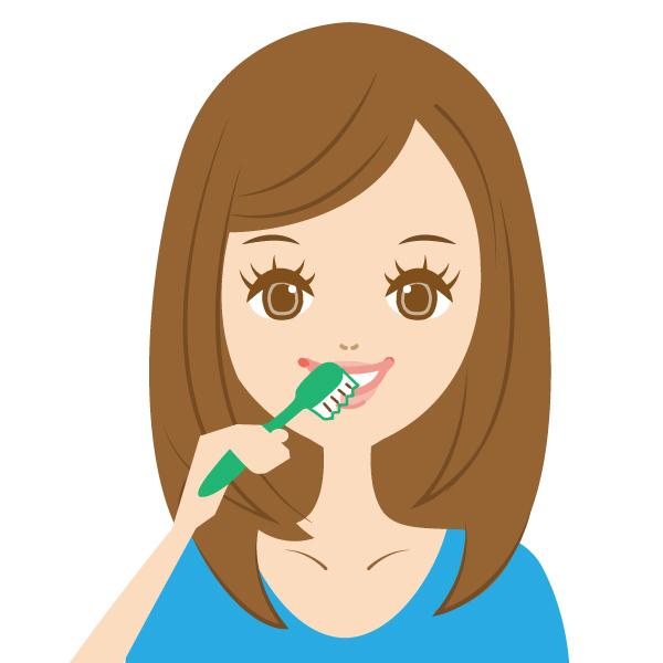 通常の歯磨きを行い、唇の感想防止にワセリンを塗布します。
