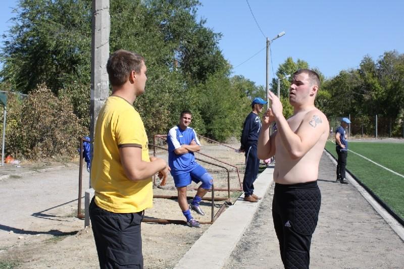 Дмитрий Галин жестукилуриет с Дмитрием Мезенцевым