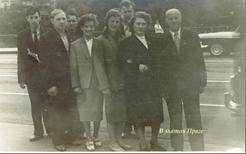 В центре Вера Копылова и Антонина Ломакина