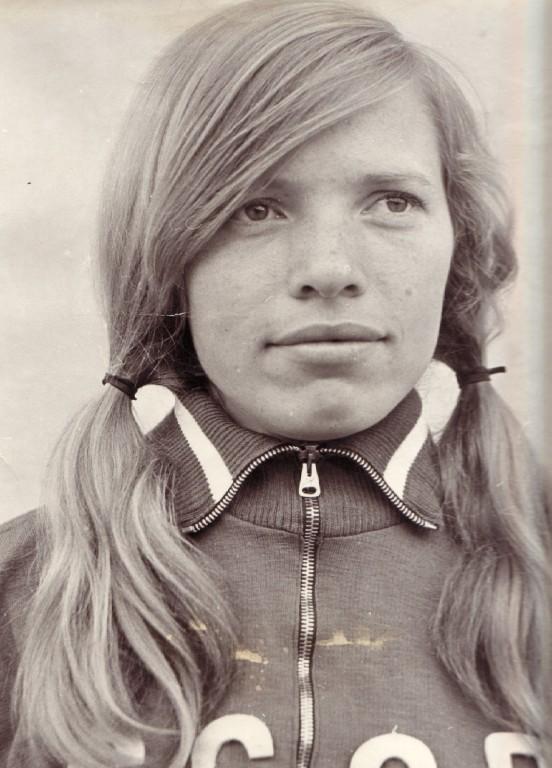 Нина Иванова в молодости