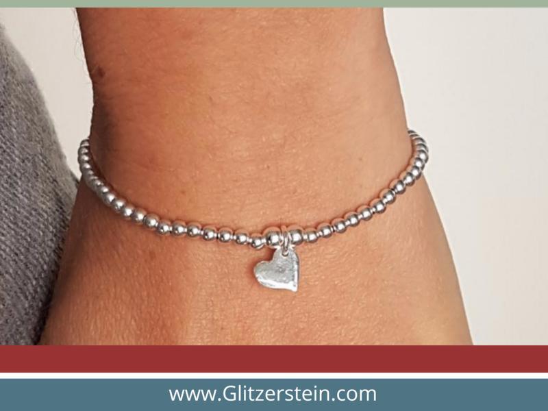 Kugelarmband aus 925er Silber in 3 mm mit Herz-Mini-Anhänger