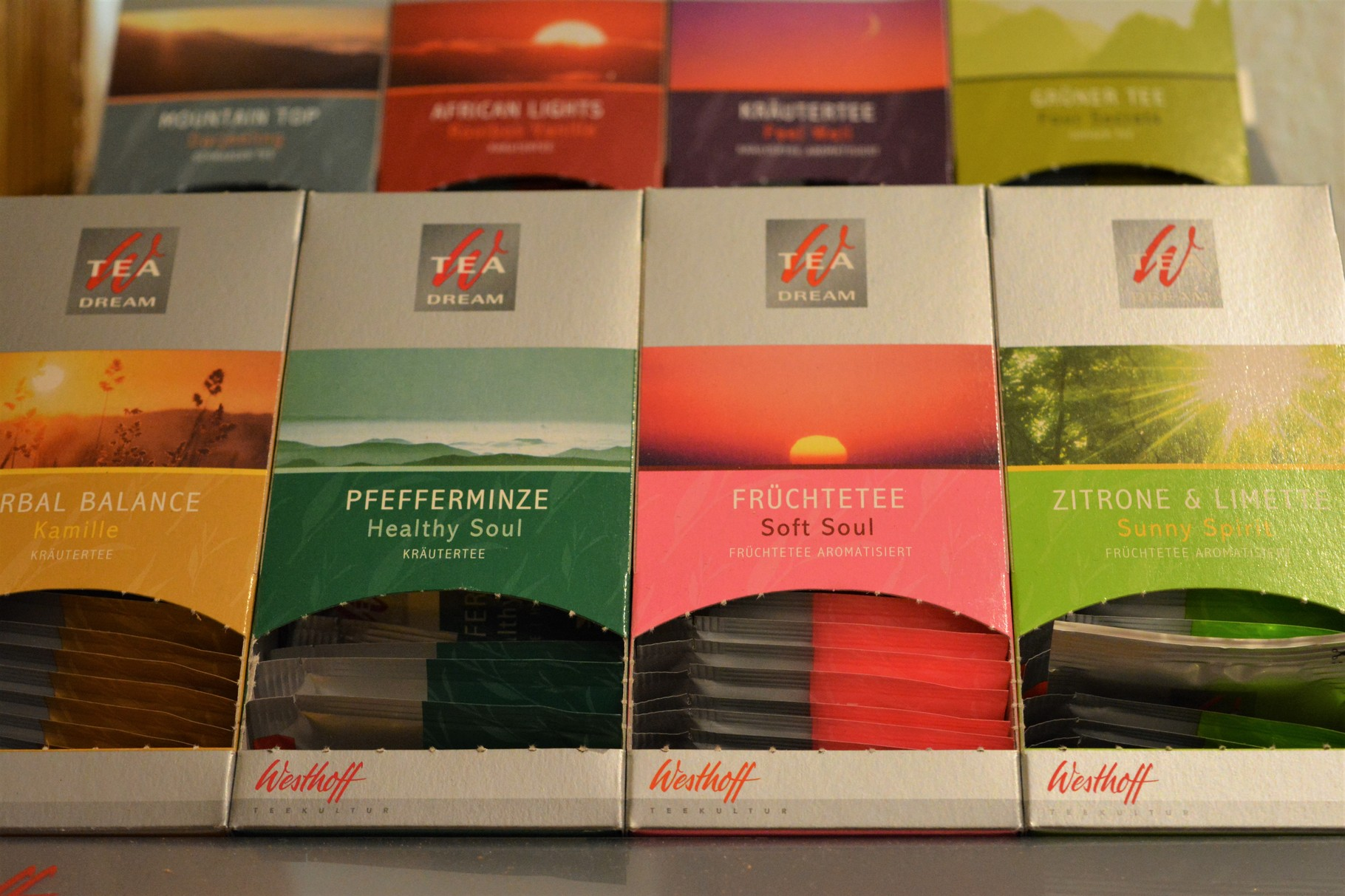 Bunte Vielfalt auch an Tee