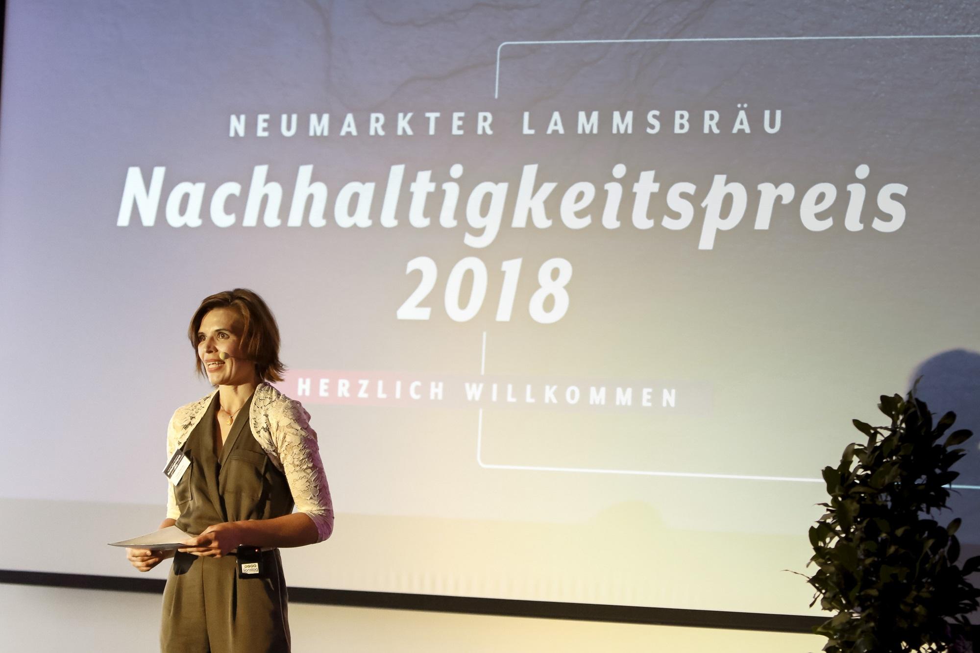 Preisverleihung Neumarkter Lammsbräu, Moderatorin Violetta Paprotta