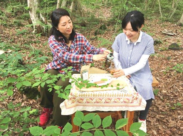 森の中でお茶タイム