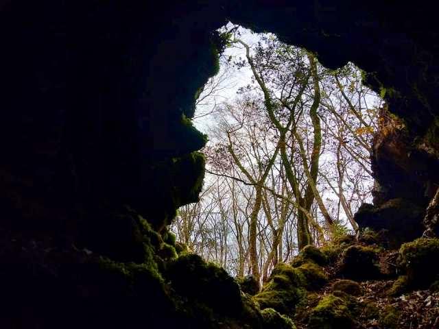 丸火の巨大洞窟