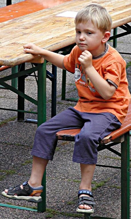 Dämmerschoppen der Südstadtgemeinde: Interessierter kleiner Besucher