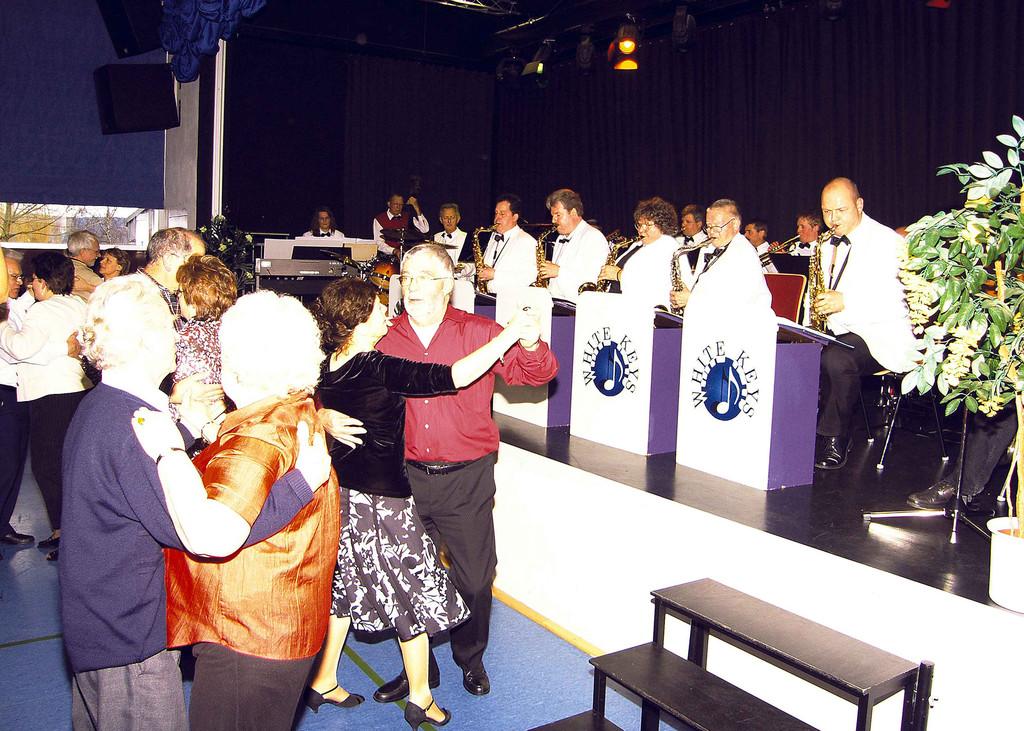 Tanz-Tee 9.3.2008 im Musik- und Kulturhaus Niederwalgern