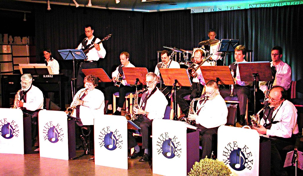 KIDS: Die Marburger Big-Band WHITE KEYS