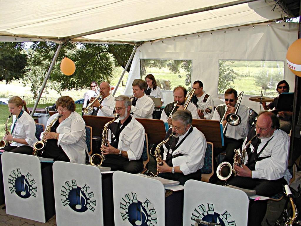 Sommerfest der CDU: Die Big-Band unterhält